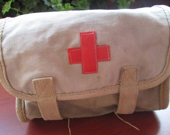 Мilitary medical bag, Vintage Army bag, Military bag, Bulgarian military bag, Bag by World War II, Little bag for medicines, Soldier bag