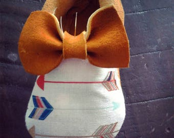 Bow and Arrows Moccasins