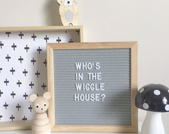 Grey Felt Letter Board, 25 x 25 cm, Oak, 290 White Letters and Numbers, Frame, Art, Wall by LetterStory