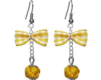 Vintage gingham bowtie earrings glamorous retro style yellow and white