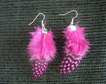 Earrings feathers pink (magenta)