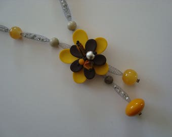 Necklace original yellow and gray flower