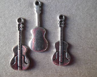 x 2 pendants guitar shaped silver metal 10 x 26 mm