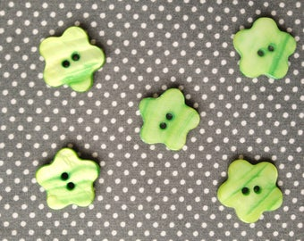 Set of 5 Green Pearl flower buttons