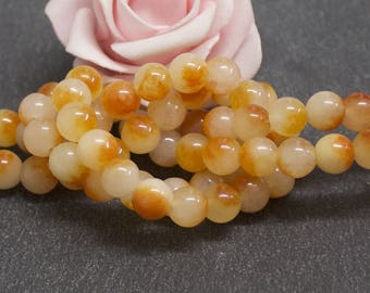 20 round jade beads two-tone cream and orange 8 mm PEJ118