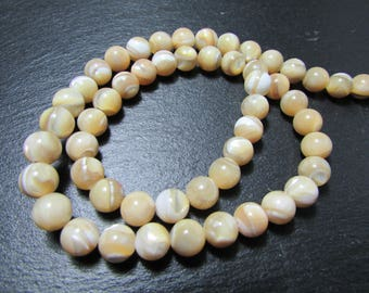 set of 5 mother of Pearl shell 8 mm beads