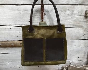 Green fur tote bag