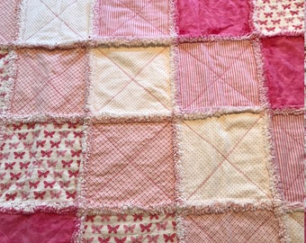 Butterfly Pink Rag Quilt