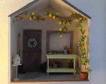 Kunstgrilande for the doll house in 1zu12 Miniatures