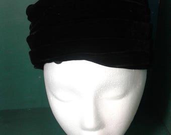 Vintage 1940s Ladies Hat Black Pillbox