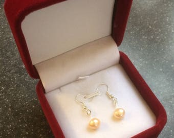 925 sterling silver and freshwater pearl earrings