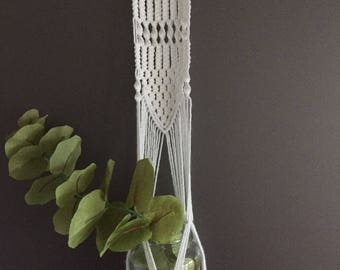 Macrame planting pendant, plant jar holder, hanging planter, Boho home decor, bohemian plant pendant, wall hanging, air plant, Vase.