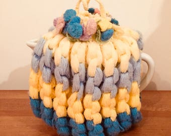 Vintage 1940's handmade knitted teapot cover tea cozy vintage cottage decor