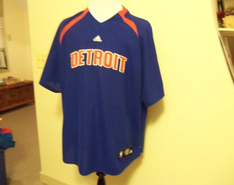Adidis Detroit Pistons Shooting shirt
