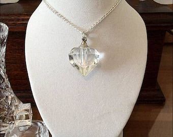 """Beautiful Clear 3D Heart Crystal Personal Cremation Ashes Urn on a 24"""" Silver Plated Curb Chain"""