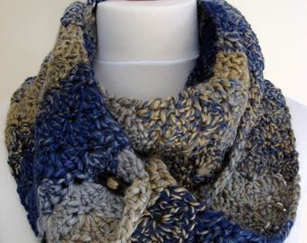 Handmade crochet cowl/neckwarmer/scarf - infinity scarf, neckwarmer, cowl - accessory