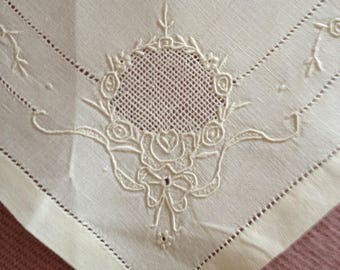 4 French amazing handmade vintage embroidered fine linen Napkins