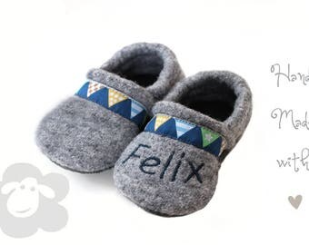 Baby shoes from Walkloden and leather sole