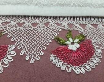 Handmade Lace Towel, Turkish Lace Embroidery, White Cotton Towel, mothers day gift, Victorian Style Lace Towel, Cottage Chic Decor, Oya lace