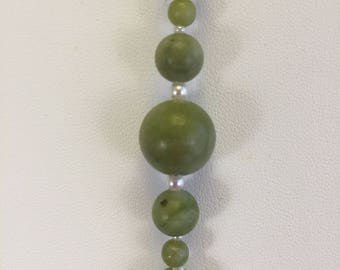 Green Serpentine Stone Bracelet with pearl seed beads