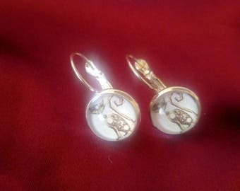 STEAMPUNK earrings brown cat, Alice in Wonderland, silver plated backing, cosplay -  design E0004