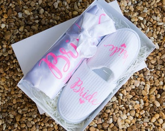 Bridal Gift,bridesmaid gift box,bridesmaid,gift box for bridesmaid,will you be my bridesmaid,bridesmaid proposal,personalized robes slippers