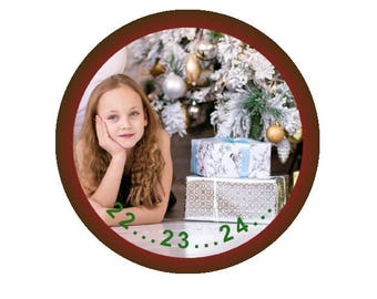 """Counting down to Christmas!""""  Pinback Button or Magnet"""