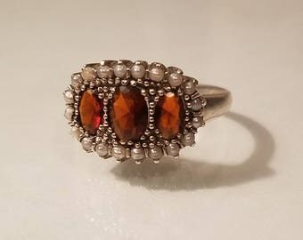 Vintage art deco 1.25 ctw garnet and pearl wide filigree sterling silver ring size 6