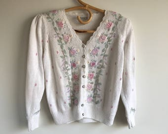 Embroidered White Cardigan Sweater Size Parge