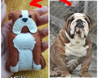 British Bulldog felt, personalized English Bulldog, Custom Felted bulldog, Bulldog gift, bulldog keychain, bulldog brooch, bulldog lovers