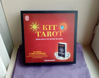 Tarot Kit: learn the art of cards