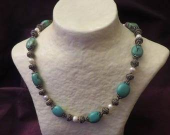 Necklace large turquoise beads and silver