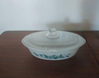 Glasbake 2 quart casserole dish model #J514