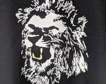 Lion gold teeth tee shirt