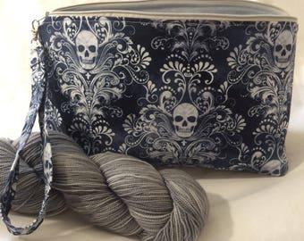 Medium Pretty Skulls Project Bag