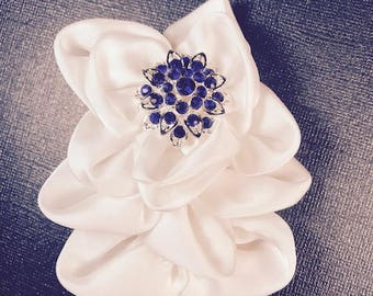 White Fabric Brooch, Fabric Brooch, Lapel Pin, Hair piece,