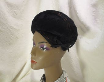 """Vintage,1960's Style, """"Betmar"""" Black Fur Felt Beret, With Copper colored Decorative Stitches,  And A Black Ribbon Laced Through Eyelets"""