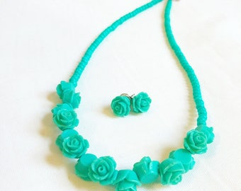 Seafoam green rose set
