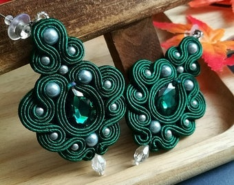 Beautiful Handmade Soutache Earrings Statement Elegant Dangle Drop Earrings Emerald Green Crystal Silver Beads Earrings