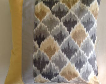 Pillow Cover: gray, yellow / gold bargello, Waverly fabric, faux suede accents