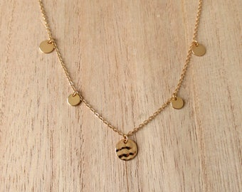 Dainty necklace with tassels