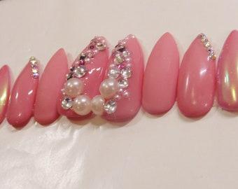 Stiletto Nails / Pink Nails / Gem Nails / Chrome Nails / Press On Nails / False Nails / Glue On Nails / I.M. Beauty / Belleza