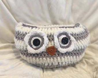 Knitted Owl Pillow