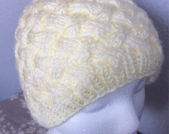 Basket weave knit hat, ivory