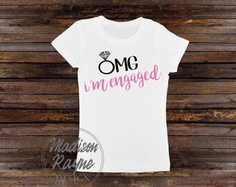 Omg I'm Engaged T-shirt, Engaged Shirt, Engagement Ring Shirt, Engagement Shirt, Celebration T-shirt, Womens Tee