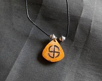 Handmade runic necklace (hakenkreuz)