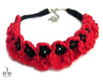 Crochet necklace Poppy