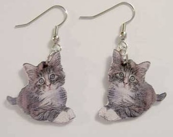 Handcrafted Plastic Gray Tabby Cat Kitten Earrings