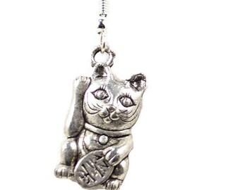 Silver Lucky Cat Earrings Maneki Neko