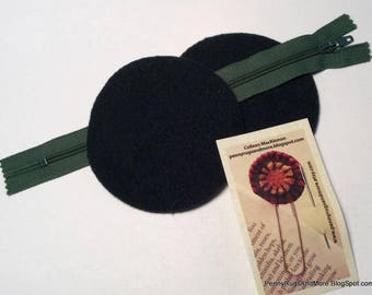 Circle Purse Blanks, Dark Green Wool, and Green Zipper